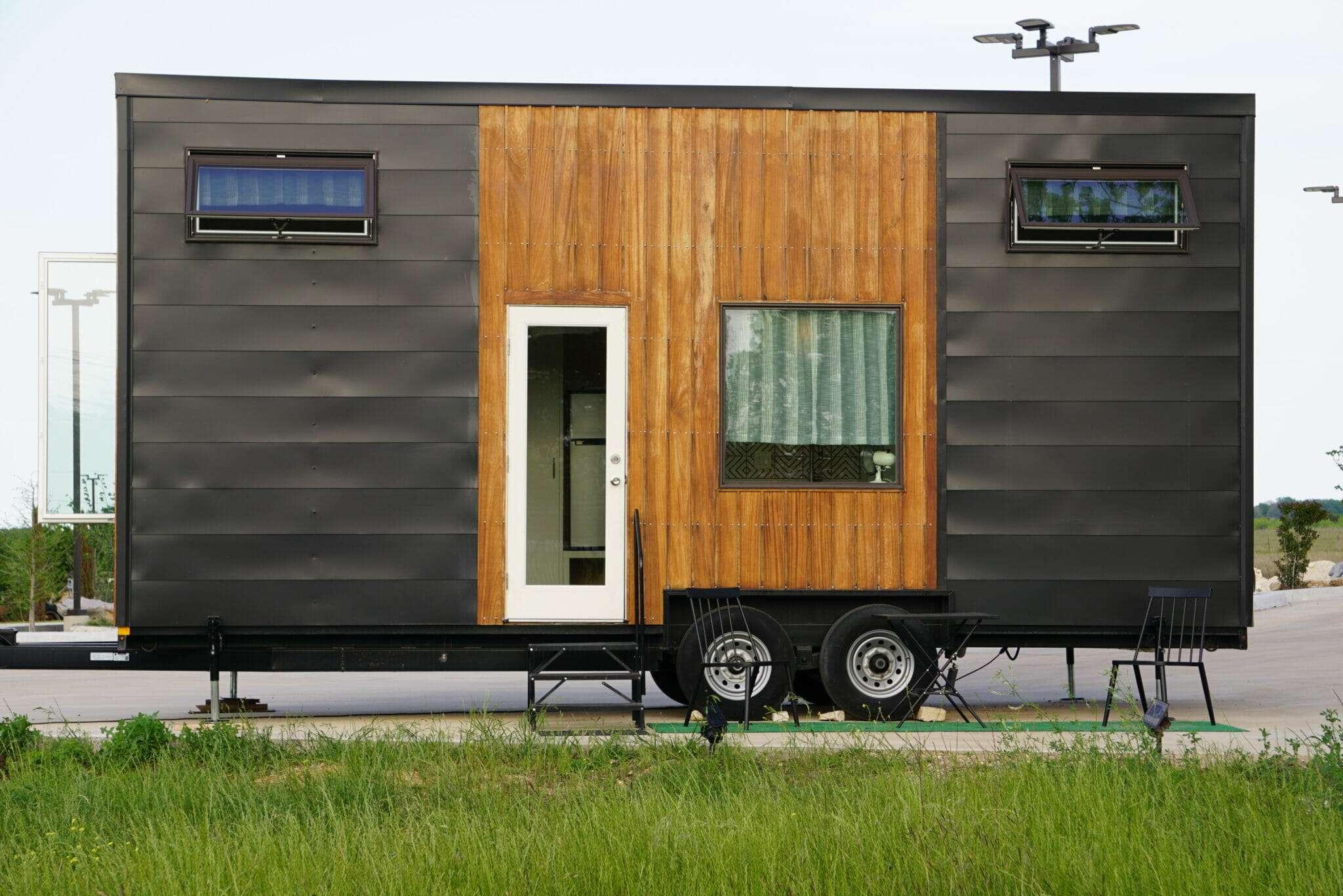 photo of a tiny house on wheels